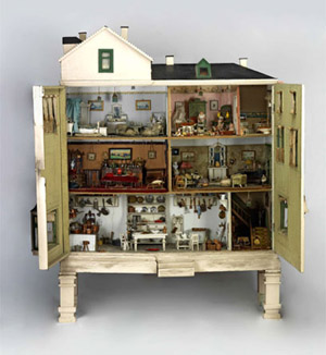 Fab Mums Magnificent Dolls House Collection At The