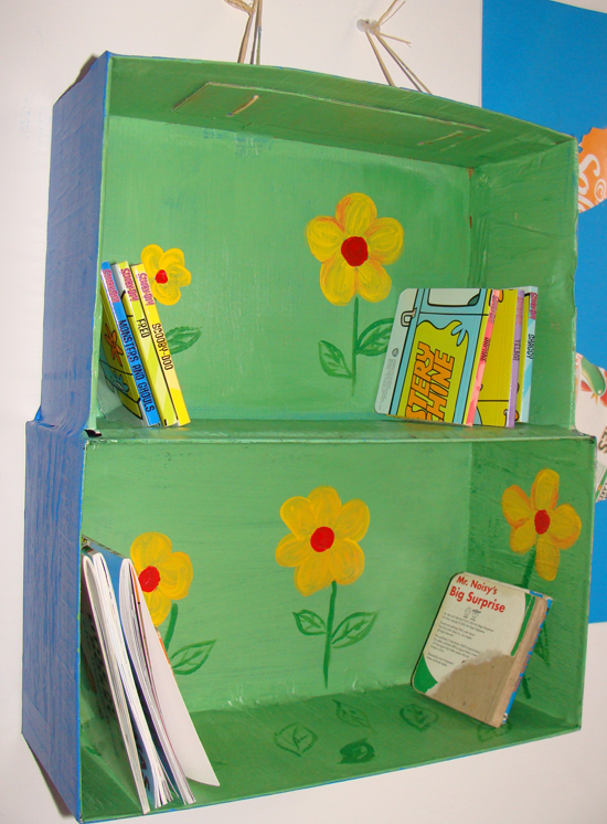 fab mums monday crafts how to make a fun bookshelf out